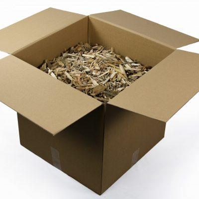 Een doos houtsnippers laten verzenden